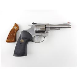 SMITH & WESSON , MODEL: 651-1 , CALIBER: 22MAG
