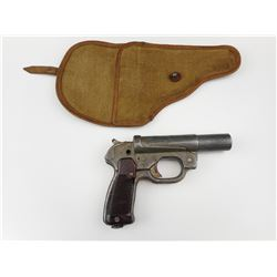WWII GERMAN LP-42 SIGNAL FLARE PISTOL WITH WWII GERMAN HOLSTER