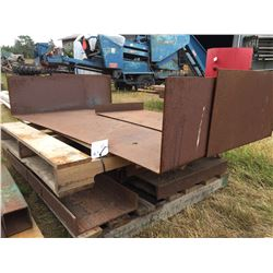 SKID OF HEAVY STEEL MATERIAL