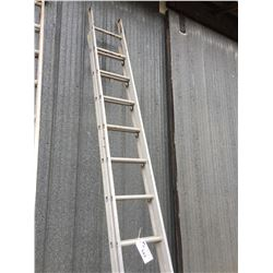 APPROX 24' ALUMINUM EXTENSION LADDER