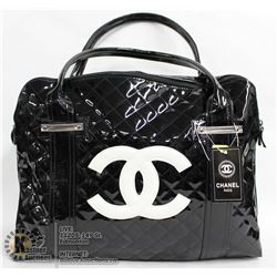 REPLICA CHANEL BLACK PURSE WITH WHITE LOGO