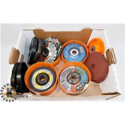 BOX OF VARIOUS CUTTING & ABRASIVE DISCS