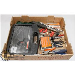 LARGE FLAT OF ACCESSORIED & TOOLS-SOLDERING GUN,