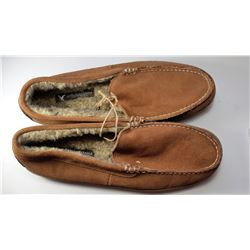 12)  NEW AMERICAN EAGLE OUTFITTERS BROWN