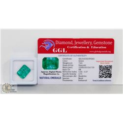 #10-GENUINE GREEN EMERALD GEMSTONE 13.85 CT
