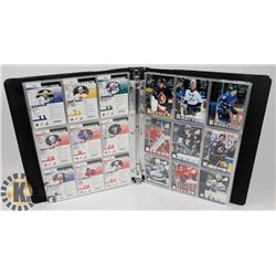 BINDER OF OVER 200 PINNACLE INSIDE HOCKEY CARDS