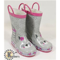 CHILDREN'S RUBBER BOOTS SIZE 8