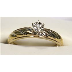 10KT YELLOW GOLD DIAMOND SOLITARE RING SIZE 8.