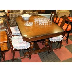 "ANTIQUE TABLE (40""X52.5""X31"") WITH 4 CHAIRS"