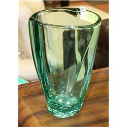 AQUA GREEN ART GLASS VASE.