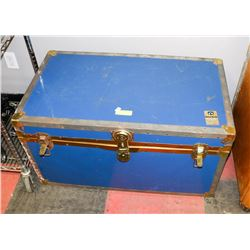 ANTIQUE BLUE TRUNK