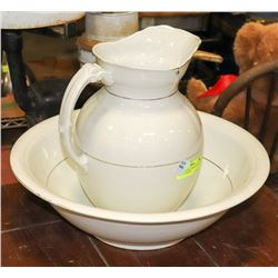 """LARGE ANTIQUE  WHITE 16"""" BASIN AND PITCHER SET"""