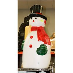 VINTAGE CHRISTMAS OUTDOORS LIGHT UP SNOWMAN