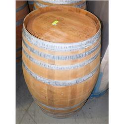 LOGOED POLISHED RED WINE BARREL 59 GAL BETS
