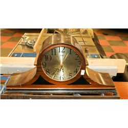 ANTIQUE WOOD CLOCK
