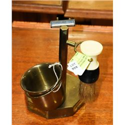VINTAGE BRASS GENTLEMAN'S SHAVING SET