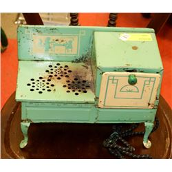 ANTIQUE CHILDRENS ELECTRIC COOKING OVEN