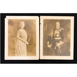 Large portraits of King George V and Queen Mary