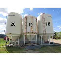 Chigwell ±1900 Bushel Hopper Bottom Grain Bin