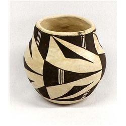 Vintage Acoma Pottery Jar by Marie Torivio