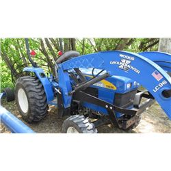 2008 New Holland T1520 , FWA, HST Compact yard tractor