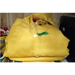 Rain Suit - Jacket with Hood & Pants - Size Large