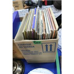 Box of 33 rpm Albums (Fats Domino, Paul Anka) approx. 45 records