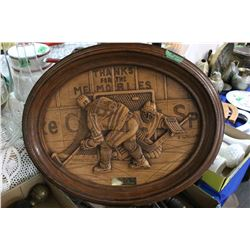 3 Dimensional Oval Wall Plaque of Wayne Gretsky with Records on the Back