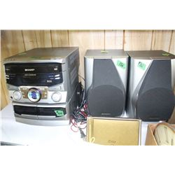 Sharp Stereo Unit with Speakers