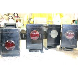 Box with 4 Signal Lights (Red & Clear Glass)