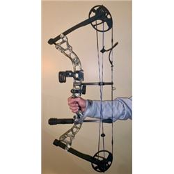 Diamond by Bowtech Infinite Edge Pro Compound  Left-Handed Youth or Developing Archer's Bow Package