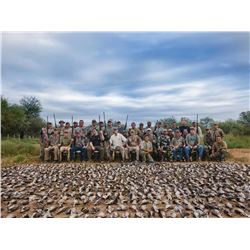 4-Day/3-night Dove hunt for 6 shooters/hunters in Cordoba, Argentina