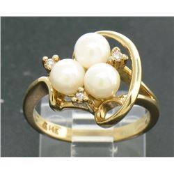 14k Yellow Gold 5mm Round Pearl Cluster Ring w/ 3 Round Diamond Accents