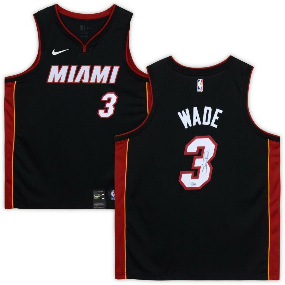 online store 8fa8c 906bc Dwyane Wade Signed Miami Heat Jersey (Fanatics Hologram)