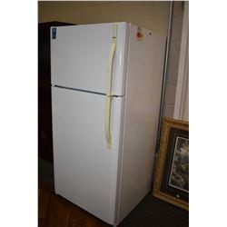 Kenmore fridge freezer
