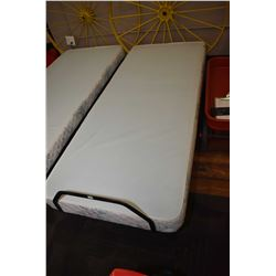 Single size mechanic lift bed with remote control