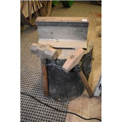 Shop made blacksmith anvil and two hammers