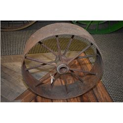 "Vintage metal 24"" wagon wheel"