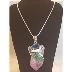 BEAUTIFUL HAND CARVED QUARTZ LEAF PENDANT