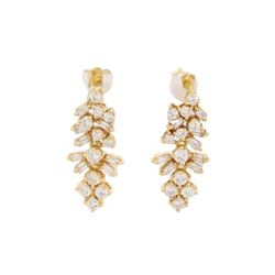 0.7 ctw Diamond Earrings - 18KT Yellow Gold