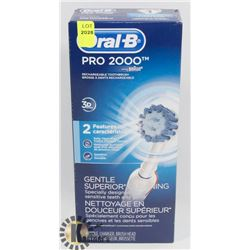 ORAL B PRO 2000 RECHARGEABLE TOOTHBRUSH