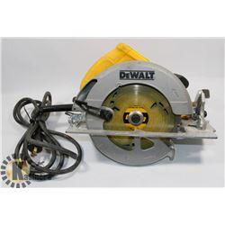 DEWALT DW575 71/4 CIRCULAR SAW