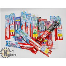 LARGE BAG OF ASSORTED TOOTHBRUSHES