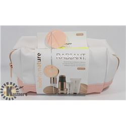 NUDE BY NATURE RADIANT MAKEUP SET
