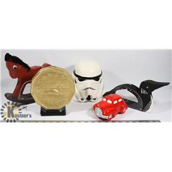 ESTATE FLAT OF COIN BANKS INCLUDES STAR WARS