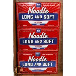 FLAT OF NOODLE RECLAIMED GOLF BALLS.