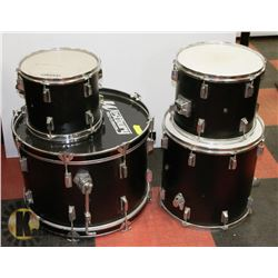 SET OF 4 WESTBURY PRO-CUSSION DRUM SET