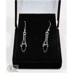 #95-BLUE CUBIC ZIRCONIA  DANGLING EARRINGS