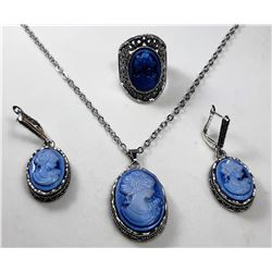 10)  SILVER TONE & BLUE CAMEO SUITE OF