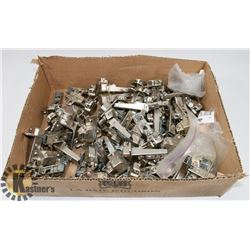 LOT OF ASSORTED CABINET HINGES